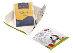 Čaj v papírové krabičce s potiskem