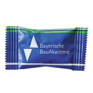 Mentos žvýkačka v reklamním obalu