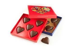 Čokoládová srdíčka v reklamní krabičce