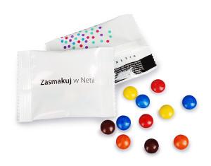 Čokoládové bonbónky v reklamním obalu