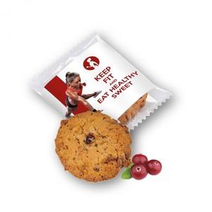 Ovesná sušenka v reklamním obalu