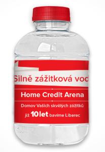 Voda v reklamní lahvičce