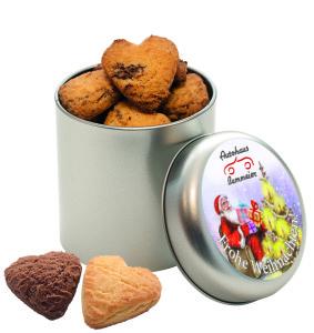Máslové sušenky ve tvaru srdce v kulaté plechové dóze